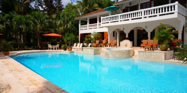 What is a Comfortable Pool Temperature?